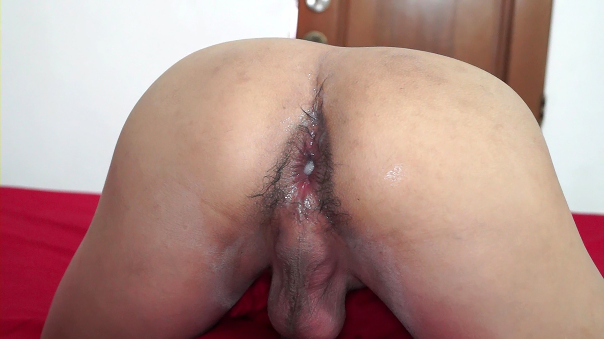 Twink Ass Gets Barebacked