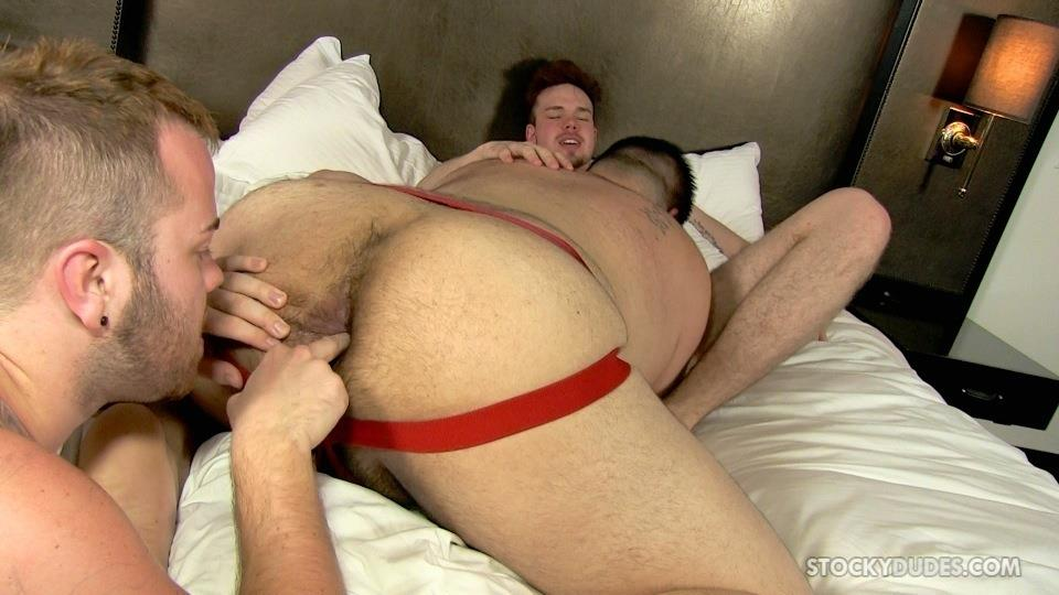 Stocky-Dudes-Brock-Fulton-and-Craig-Cruz-and-Zeke-Johnson-Chub-Cub-and-Chaser-Barebacking-Amateur-Gay-Porn-10 A Chub, A Cub and A Chaser Bareback At A Hotel Orgy