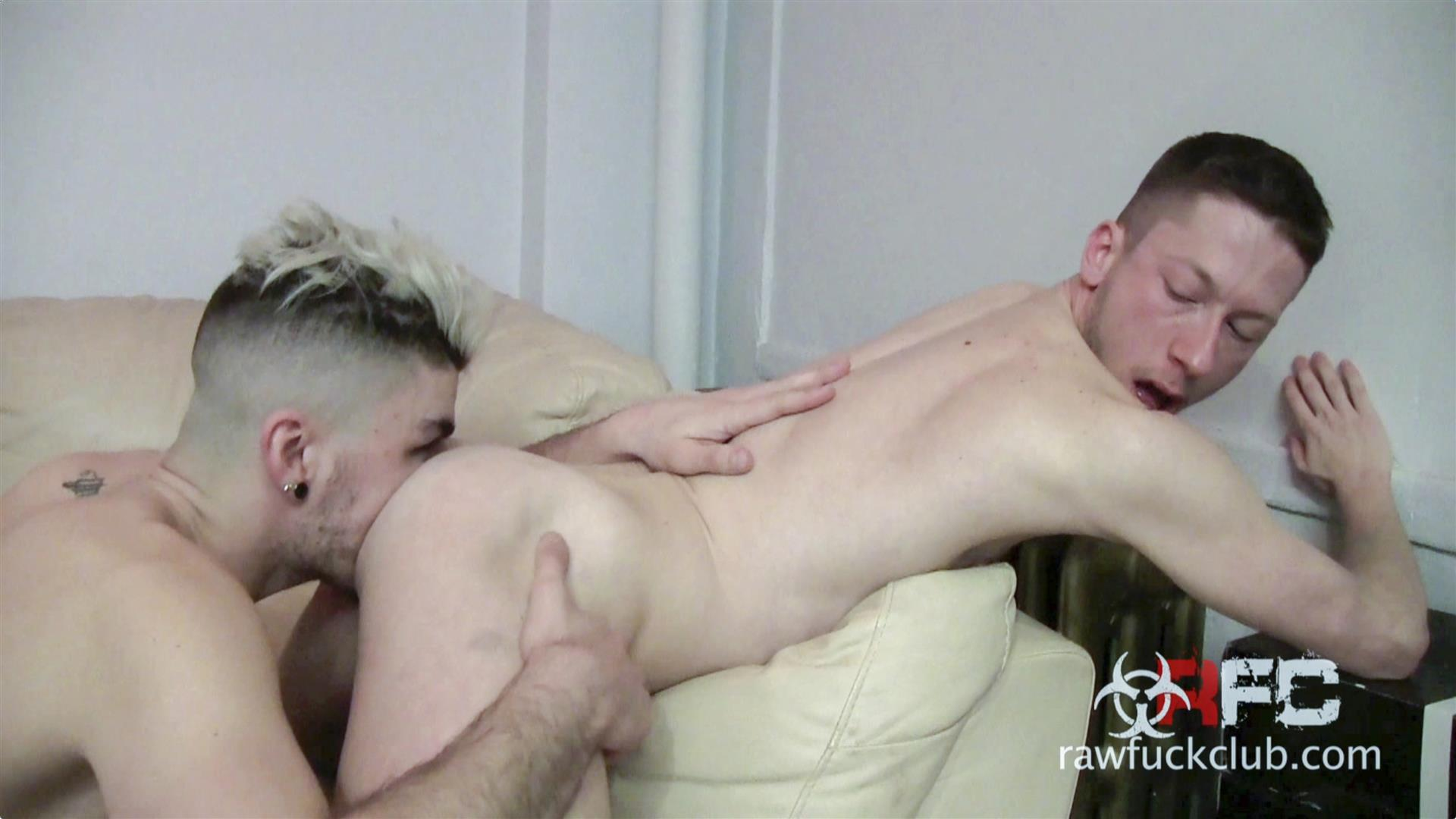 Raw-Fuck-Club-Luke-Harding-and-Vincent-Rush-Big-Cock-Guys-Barebacking-Amateur-Gay-Porn-07 Male Stripper Luke Harding Barebacking A Stranger
