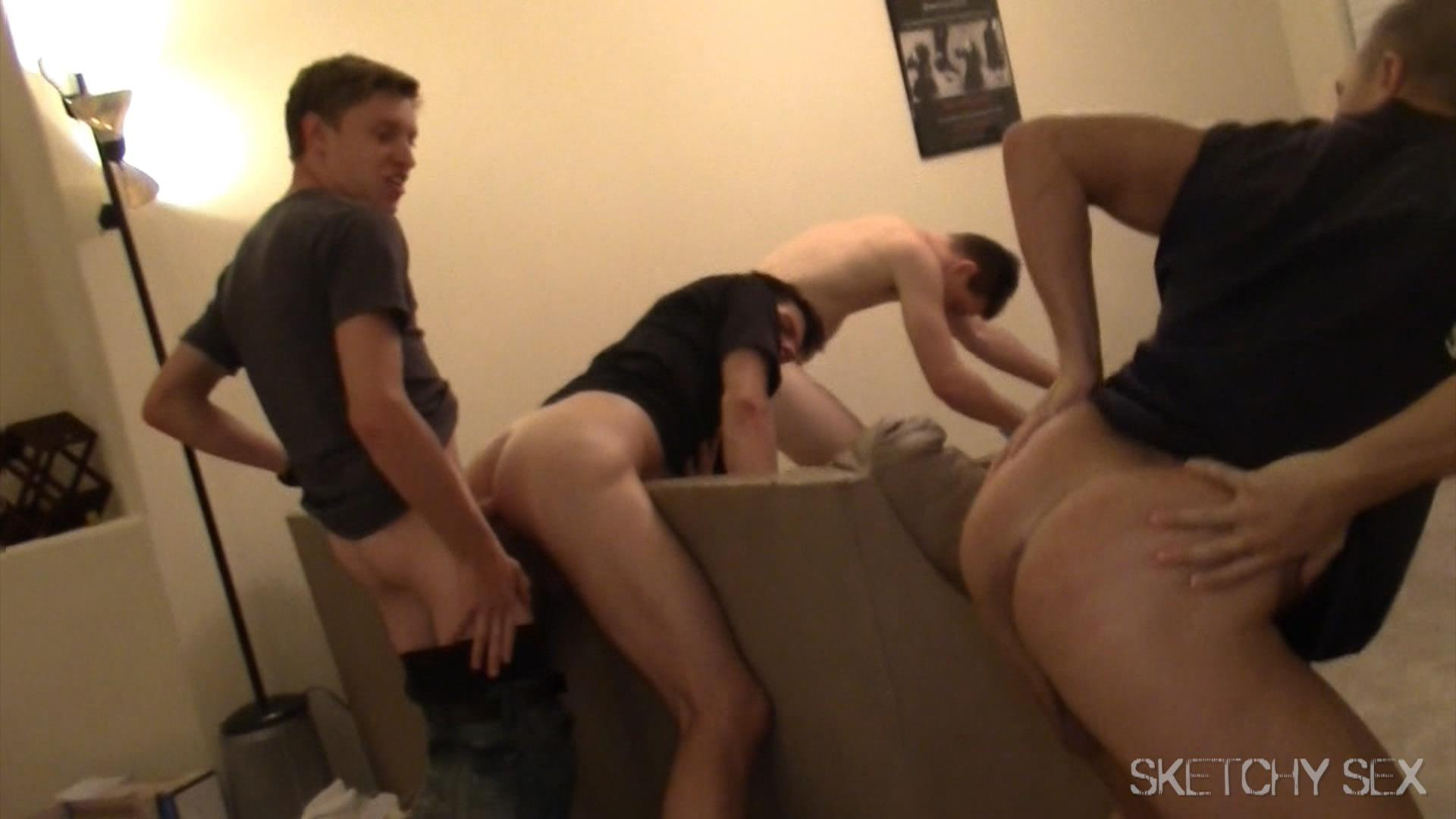 Sketchy-Sex-Anonymous-Bareback-Sex-Party-Big-Dick-Amateur-Gay-Porn-13 Getting Tag Teamed At A Bareback Anonymous Sex Encounter