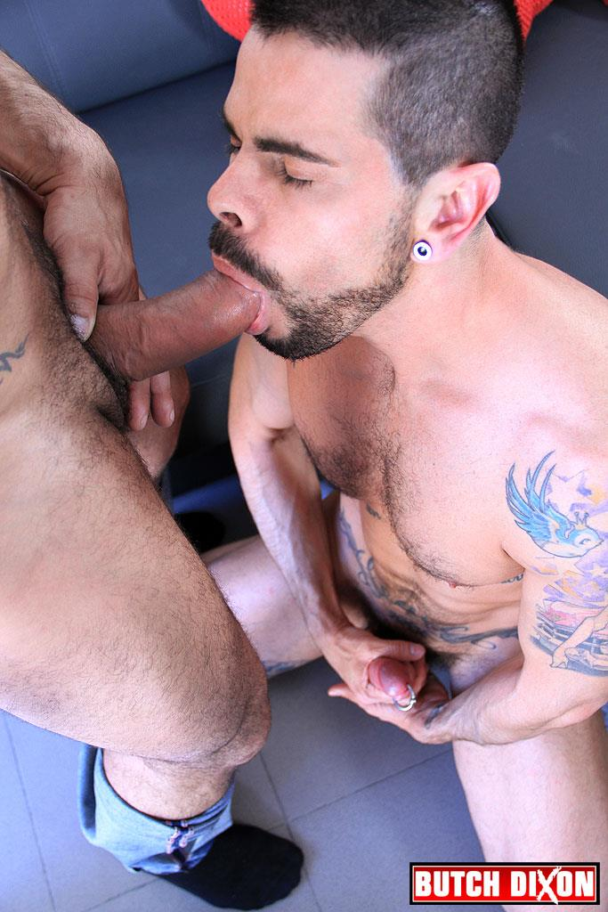 Butch-Dixon-Max-Toro-and-Mario-Dura-Spanish-Muscle-Guys-Bareback-Fuck-Amateur-Gay-Porn-17 Max Toro Barebacking A Spanish Hunk With His Big Uncut Cock